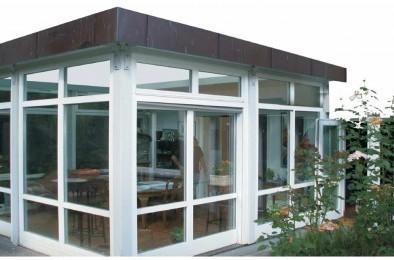 Glas-Pavillon in Holz-Aluminium
